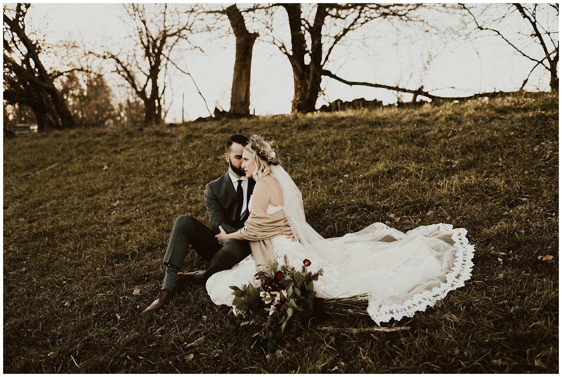 c6799d5c2 Hannah + Brian    Christmas Cabin Wedding – Lauren F.otography