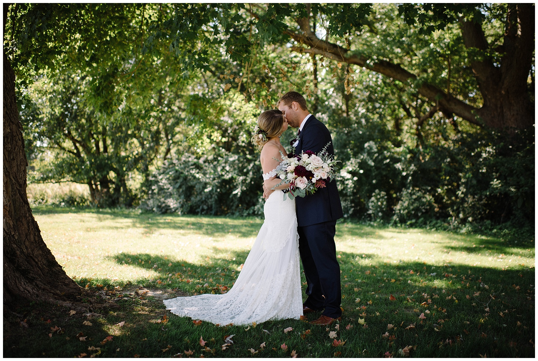 9d6ef6217e8ae Kyle + Devyn   Outdoor summer wedding – Lauren F.otography